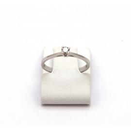 Λευκόχρυσο δαχτυλίδι Κ18 με brilliant  διαμάντι 15.09.002